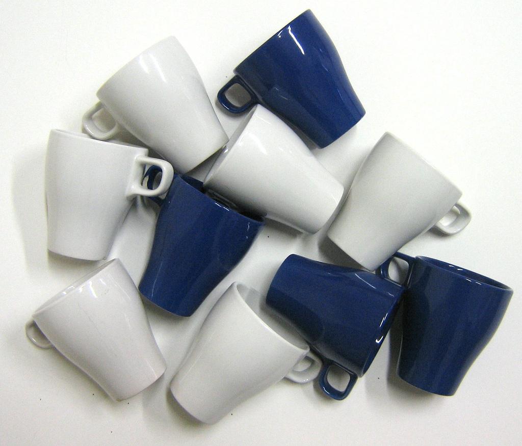 音声出力用アダプタ~ビジネスフォン・PBXの多機能電話機に音声出力用のイヤホンジャックを取り付けるためのアダプタ~
