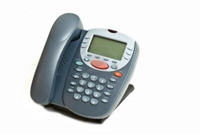 ビジネスフォンの電話機を増やしたい!だけど費用が気になる